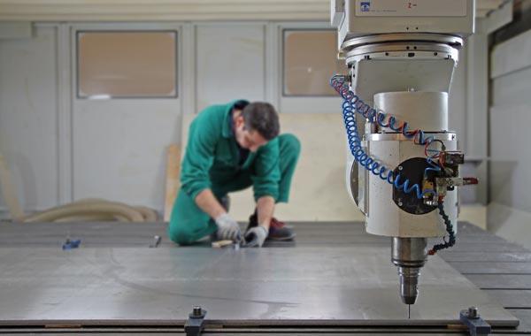 Modelleria Tardivo - Produzione modelli e stampi con macchinari CNC a 5 assi