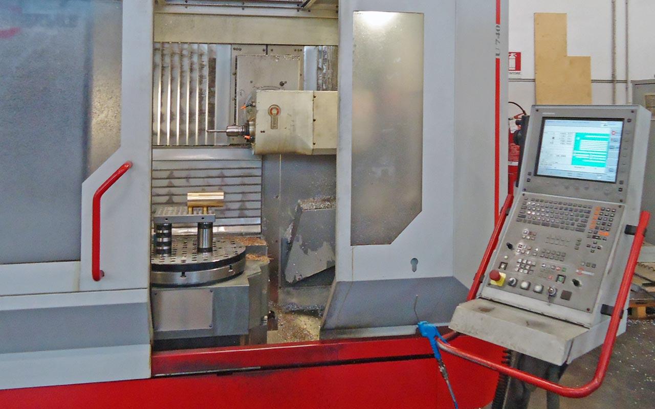 Fresa CNC U740